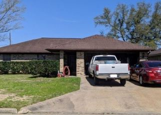 Pre Foreclosure in Beaumont 77706 BIENVILLE DR - Property ID: 1636522410