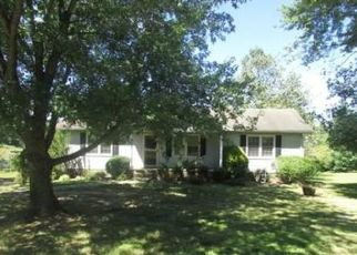 Pre Foreclosure in Clarksville 37043 HINTON RD - Property ID: 1636542554