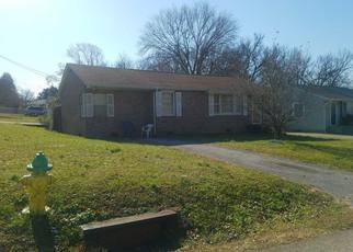 Pre Foreclosure in Knoxville 37920 W GILBERT LN - Property ID: 1636546495
