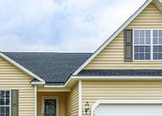 Pre Foreclosure in Fayetteville 28306 THACKERAY DR - Property ID: 1636618773