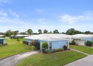 Pre Foreclosure in Sarasota 34239 SUFFOLK LN - Property ID: 1636628848