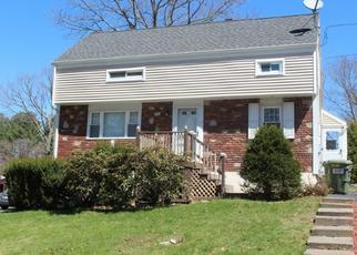 Pre Foreclosure in North Oxford 01537 CHESTNUT HILL RD - Property ID: 1636654681