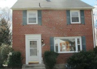 Pre Foreclosure in Baltimore 21239 LOCH HILL RD - Property ID: 1636831624
