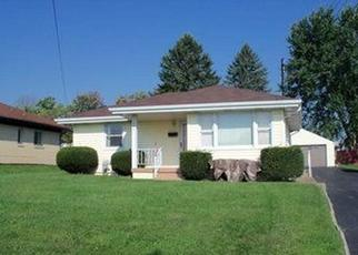 Pre Foreclosure in New Castle 16101 WARREN AVE - Property ID: 1636989281