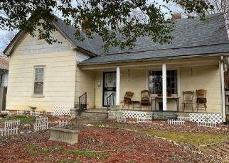 Pre Foreclosure in Salisbury 28144 W FRANKLIN ST - Property ID: 1637074699