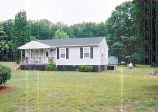 Pre Foreclosure in Greensboro 27405 DODSON ST - Property ID: 1637078190