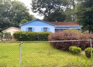 Pre Foreclosure in Mobile 36605 SAYNER AVE - Property ID: 1637249441