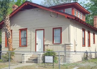 Pre Foreclosure in Jacksonville 32206 W 23RD ST - Property ID: 1637459228