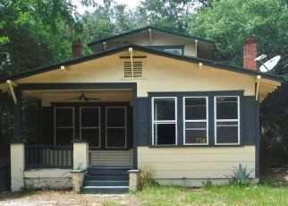 Pre Foreclosure in Jacksonville 32208 CRESTWOOD ST - Property ID: 1637487708