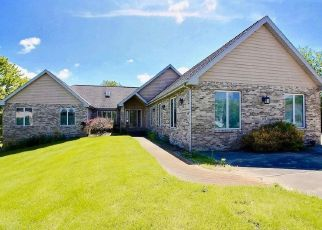 Pre Foreclosure in Valparaiso 46385 ROYALWOOD RD - Property ID: 1637500853