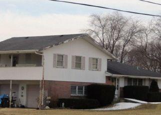 Pre Foreclosure in Winnebago 61088 CUNNINGHAM RD - Property ID: 1638230959