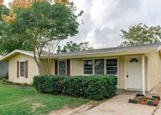 Pre Foreclosure in Corpus Christi 78415 CARROLL LN - Property ID: 1638376349