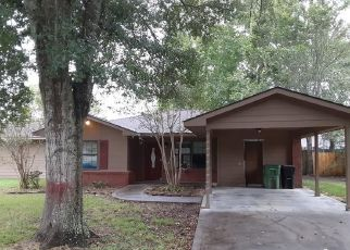 Pre Foreclosure in Liberty 77575 EAST ST - Property ID: 1638387292