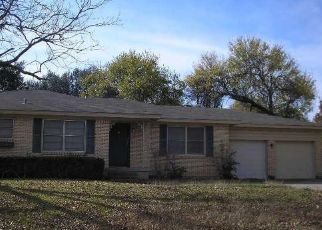 Pre Foreclosure in Waco 76710 HILLTOP DR - Property ID: 1638388170