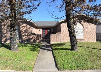 Pre Foreclosure in Galveston 77550 37TH ST - Property ID: 1638409193