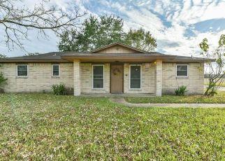 Pre Foreclosure in La Porte 77571 BOIS D ARC ST - Property ID: 1638446424