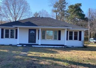 Pre Foreclosure in Huntingdon 38344 HIGHWAY 77 - Property ID: 1638502487