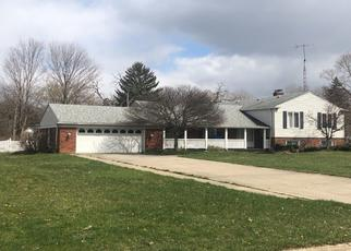 Pre Foreclosure in Flint 48532 N DYEWOOD DR - Property ID: 1639416994