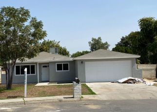 Pre Foreclosure in Bakersfield 93304 EDITH LN - Property ID: 1639543558