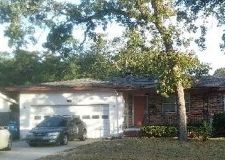 Pre Foreclosure in Jacksonville 32277 RIVERTON RD - Property ID: 1639617122