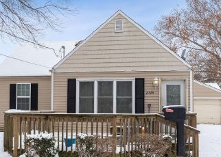 Pre Foreclosure in Des Moines 50317 LAY ST - Property ID: 1639638144