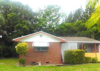Pre Foreclosure in Vero Beach 32960 20TH AVE - Property ID: 1639661365