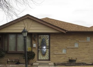 Pre Foreclosure in Burbank 60459 OAK PARK AVE - Property ID: 1639680641