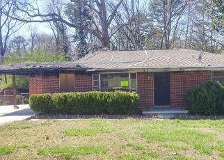 Pre Foreclosure in Atlanta 30316 WOODLAND CIR SE - Property ID: 1639795386