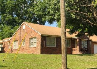 Pre Foreclosure in Rockmart 30153 PINE ST - Property ID: 1639841374