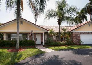 Pre Foreclosure in Fort Lauderdale 33317 SW 75TH TER - Property ID: 1639962250