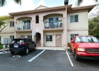 Pre Foreclosure in Hollywood 33020 TAYLOR ST - Property ID: 1639989862