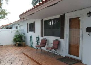 Pre Foreclosure in Dania 33004 NW 10TH ST - Property ID: 1639997739