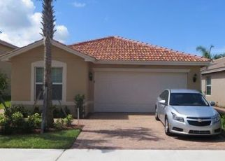 Pre Foreclosure in Fort Myers 33913 LANCEWOOD ST - Property ID: 1640046796