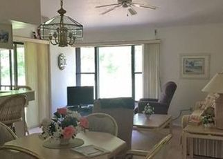 Pre Foreclosure in Fort Myers 33907 TRAILWINDS DR - Property ID: 1640156275