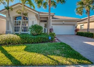 Pre Foreclosure in Naples 34104 GLEN EAGLE CIR - Property ID: 1640260969