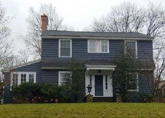 Pre Foreclosure in Glen Ridge 07028 OXFORD ST - Property ID: 1640747999