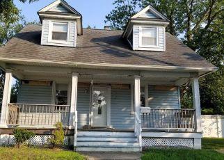 Pre Foreclosure in Lindenhurst 11757 GULF ST - Property ID: 1640760687