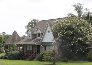 Pre Foreclosure in Fort Payne 35967 ROAD 9008 - Property ID: 1640857474