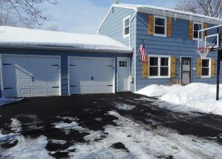 Pre Foreclosure in Fairport 14450 ACONBURY DR - Property ID: 1640951196