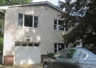 Pre Foreclosure in New Milford 07646 RIVER RD - Property ID: 1641065968