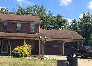 Pre Foreclosure in Mc Kees Rocks 15136 JULIA LN - Property ID: 1641359837