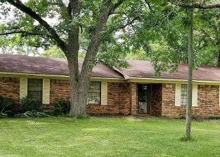 Pre Foreclosure in Malone 32445 11TH ST - Property ID: 1641616933