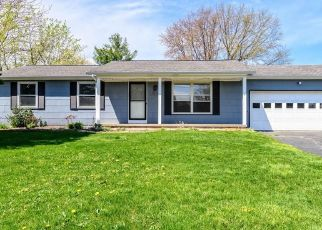 Pre Foreclosure in Rochester 14612 WYE BRIDGE DR - Property ID: 1641661596
