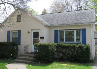 Pre Foreclosure in Rochester 14622 VINTON RD - Property ID: 1641668160