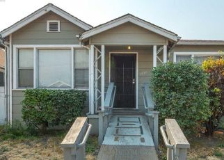 Pre Foreclosure in Oakland 94621 82ND AVE - Property ID: 1641705390