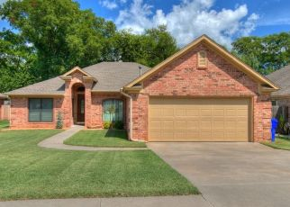 Pre Foreclosure in Norman 73071 WEYMOUTH WAY - Property ID: 1641754445