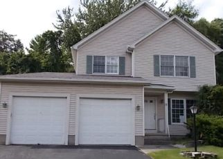 Pre Foreclosure in Rochester 14622 WHITE TAIL RISE - Property ID: 1641888917