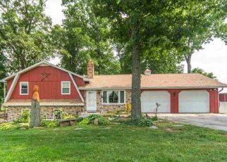 Pre Foreclosure in Hanover 17331 BLACK ROCK RD - Property ID: 1641984381