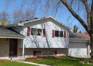 Pre Foreclosure in Sheboygan 53081 PARKWOOD BLVD - Property ID: 1641990515
