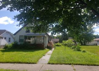 Pre Foreclosure in Milwaukee 53216 N 65TH ST - Property ID: 1642020288